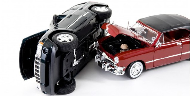 toy-car-accident_100407736_m